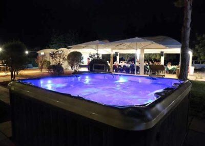 Hotel Garden - idromassaggio Jacuzzi e area ristorante