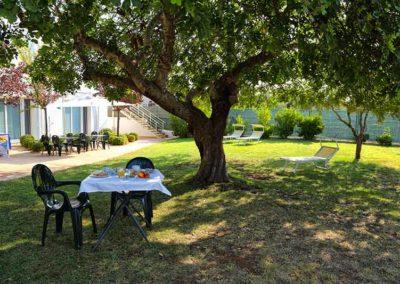 Hotel Garden - colazione in giardino